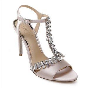 Jewel by Badgley Mischka Maxi Sandal in Champagne
